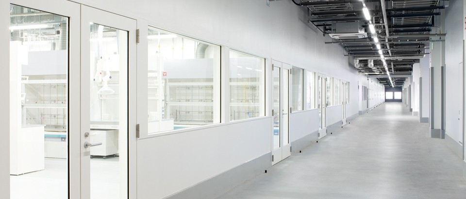 DMEA-Daikin Innovation-Facility overview - Labrotory.jpg