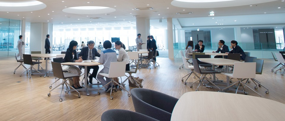 DMEA-Daikin Innovation-Facility overview - Chino mori.jpg